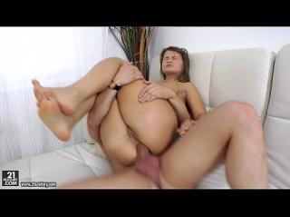 hozyain-drochka-s-bivshey-devushkoy-porno-video-onlayn-rukoy