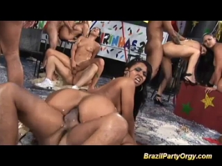 Видео груповуха в бразилии